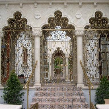 Inside Court Bronze Niche - Bronze Court Doors and Handrails