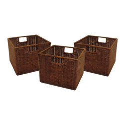 Winsome - Leo Set of 3 Wired Baskets - This set of three wicker baskets is ideal for use with the Espresso Wide and Narrow Storage Shelves. Made from durable wicker, they are practical as well as elegant.