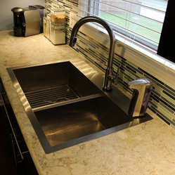 Shop Formica Kitchen Countertops on Houzz