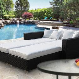 Emporer Outdoor Daybed -