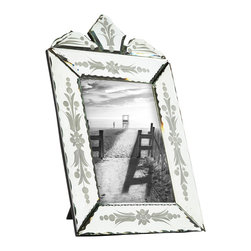 Les Comptoirs du Sud - Murano Rectangular Frame - This rectangular frame captures its interior surrounding with an extraordinary reflective quality. By having more reflection, the mirror can become even more desirable as a focal point within a room.