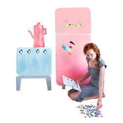 OOTS! - Tatlin Cardboard Magnets - Let your budding Picasso use the wall as a canvas. These 288 colorful, magnetic cardboard shapes can be configured to create anything, from farm animals to flowering landscapes. All you need is an active imagination to create a masterpiece!