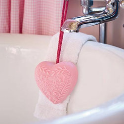Fine Handmade Heart-Shaped Soap-on-a-Rope with Rose Fragrance - Surprise your Valentine with this vegetable-based, heart-shaped soap-on-a-rope. It is scented with a rose aroma, making it a perfect romantic gift.
