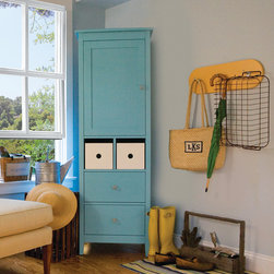 "Hooks - 3 - Kids will hang up their coats, beach towels or any other ""stuff"" when these handsome and sturdy hooks are front and center. Great for a hallway, mudroom or bathroom in your favorite Maine Cottage® color."