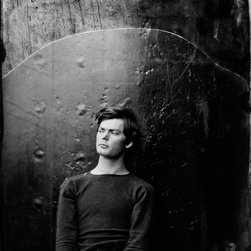 Lewis Payne, Seated and Manacled Print - Washington Navy Yard, District of Columbia. Lewis Payne, one of Lincoln's assassination conspirators in sweater, seated and manacled. Photographed on large format glass wet plate collodion by Alexander Gardner, photographer to president Lincoln.