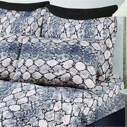 Tribeca Living - Kenya Snake Printed Deep Pocket Printed Sheet Set - These luxurious snake print sheet set will bring a fashion forward,dynamic style to your bedroom in both soft neutral and bold hues. Woven of 300 thread count Egyptian cotton sateen,this sheet set includes oversized flat and deep pocket sheets.