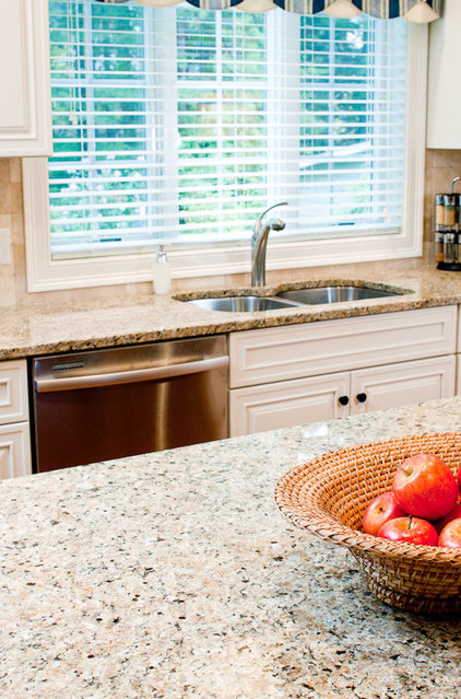 Traditional  New Venetian Gold Granite Countertops