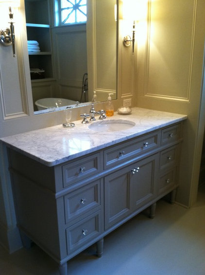Bathroom Vanities And Sink Consoles by Southern Cabinet Works Inc