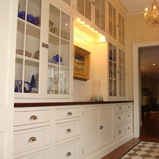 Traditional  Traditional Kitchen Cabinets