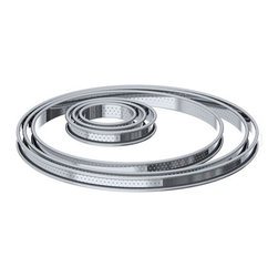 "World Cuisine - de Buyer Stainless Perforated Tart Ring / Pie Ring - 9"" - NEW ! - Made of heavy duty polished stainless steel The professional choice for preparing pie tartsRing with 1 mm perforations allows even baking and ensures a cripsy crust throughout the entire tart edgeDimensions: 9"" diameter x 0.75"" high ( 22 cm x 2 cm high)Dishwasher safe.Made in France."
