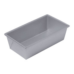 Chicago Metallic - Chicago Metallic Nonstick Bakeware Loaf Pan - Love to bake? Want to make your own bread but your pan is rusted and bakes unevenly? Toss it out and start over with this very affordable, heavy-duty, long-lasting pan of perfection. Even browning and easy release. Bake on!