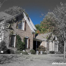 Traditional Exterior by Debbiedoo's