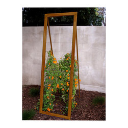TerraTrellis - Mira Garden Trellis Sr. - Adorn your garden area with an attractively designed trellis and expand your vertical garden space. Increase your garden productivity with a lively looking ladder-like support, perfect to highlight your prized blooms!