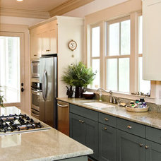 Traditional Kitchen Cabinetry by Benito Alomia Designs