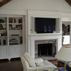Traditional Living Room by Platt Builders