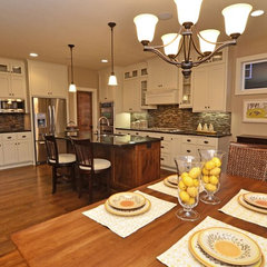 kitchen by Hanson Builders, Inc.