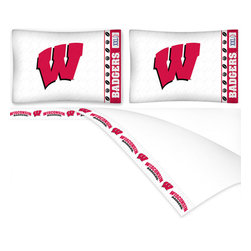Sports Coverage - NCAA Wisconsin Badgers Football Full Bed Sheet Set - Features: