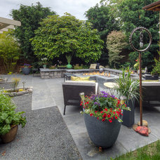 Modern  by Paradise Restored Landscaping & Exterior Design