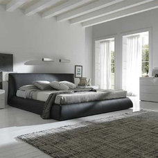 Modern Beds Coco Leather Platform Bed By Rossetto