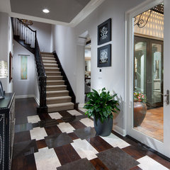 contemporary entry by Possibilities for Design Inc.