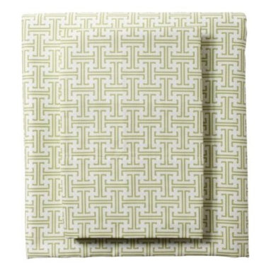 Serena & Lily - Grass Trellis Sheet Set - One of our most popular patterns, this modern trellis motif mixes beautifully with large-scale prints like damask, diamond or peacock. Combine it with more traditional scallop sheeting or polka dots to create a fun range of looks.
