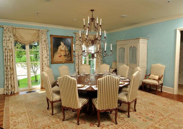 Traditional  by Jennifer Estes Interior Design
