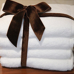 None - Authentic Hotel & Spa Plush Soft-twist Turkish Cotton Hand Towel (Set of 4) - These crisp white Turkish towels are 100 percent cotton and can make for a luxurious bath or shower. The soft twist assembly of the towels also makes them able to absorb more water and have an even more luxurious feel every time theyre washed.
