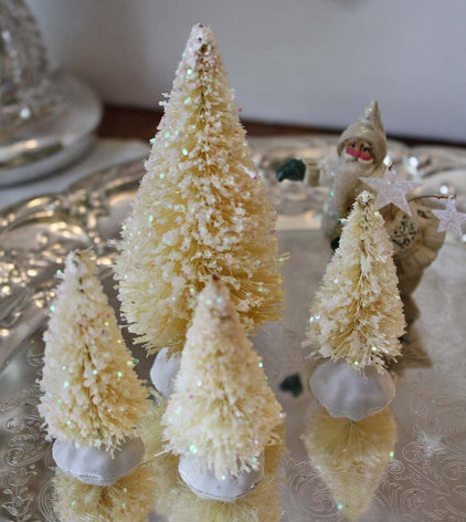 Traditional Christmas Decorations by Etsy