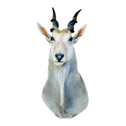 Walls Need Love - Small Horned White Antelope Mount Decal - Mount some exotic game on your wall and let your safari daydreams take shape. Known for  long strides, leaping skills and speed, you will be inspired by this magnificent creature.