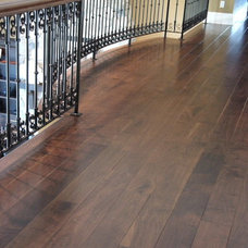 Modern Wood Flooring by Wide Plank Hardwood LTD.