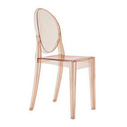 Kartell - Kartell | Victoria Ghost Chair, Set of 4 - This chair takes a traditional shape and color and contrasts it with a modern material: rose-colored polycarbonate.