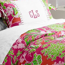 Lilly Pulitzer - Lilly Pulitzer Sister Florals Percale Comforter Cover - Double/Queen - Luscious - Divine, retro-inspired Lilly Pulitzer bedding in prints and long-staple combed Egyptian cotton percale. Each mix-and-matchable pattern has its own inimitable style but complements the others perfectly - just like sisters. Lace applique adorns the shams; small lumbar size may be monogrammed. 200 thread count. By Lilly Pulitzer Home exclusively for Garnet Hill.