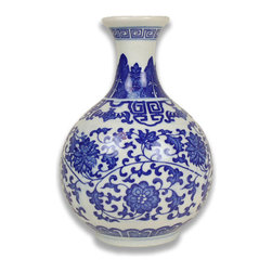 Blue and White Greek Key Vase - A lovely little blue and white Chinese vase with a Greek key border is a great gift for the collector of blue and white Chinese porcelain.