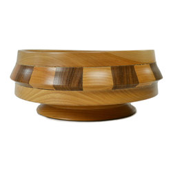 Lavish Shoestring - Consigned Cambridge Ware Wooden Bowl, Vintage English - This is a vintage one-of-a-kind item.