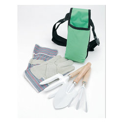 Ruff & Ready - Ruff & Ready 5-piece Garden Tool Set - Keep your garden supplies organized with this Ruff & Ready garden tool set. This five-piece set is packaged in a convenient gift box and comes with everything you need to work in your garden, including heavy-duty gloves, a shovel, and an apron.