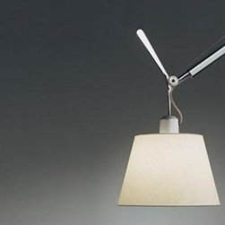 Artemide - ARTEMIDE TOLOMEO OFF-CENTER PENDANT LAMP - The Tolomeo off-center suspension lamp by Artemide offers direct lighting with a fully adjustable, articulated arm structure in extruded aluminum with joints and tension control knobs in polished die-cast aluminum and tension cables in stainless steel.