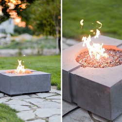 Summer 2012 - The Ravello Jr Square Fire Pit, Available in Propane or Natural Gas. We Ship any where in North America, call us about your project.