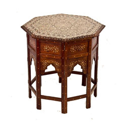 De-Cor - Exquisite Inlay accent table. - Exquisite wooden  Palace Anglo Indian sidetable with Moorish style arches. Table has a stylized bone inlay leaf design on white & black tones.