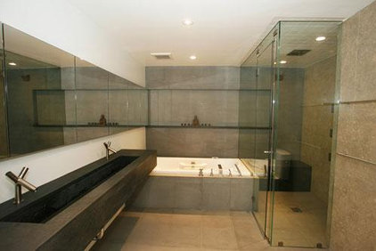 Modern Bathroom by Mostert Architecture