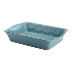 Rachael Ray - Rachael Ray Cucina Agave Blue Stoneware 9-inch x 13-inch Rectangular Baker - Make a warm tabletop statement by serving delicious baked meals in the welcoming Rachael Ray Cucina stoneware rectangular baker. Crafted from sturdy stoneware and glazed with a cool,earthy agave blue color,this baker completes kitchen functionality.
