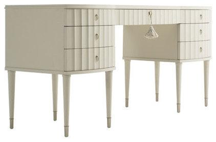 Desks And Hutches by flegels.com