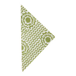"""Pine Cone Hill - PCH Riviera Sprout Napkins Set of 4 - Fun and graphic, the sprout green and white PCH Riviera cloth napkins deliver a punchy accent. A bold star bursts through its classic chevron pattern for a spirited addition to the modern table. 22""""W x 22""""H; Set of 4; 50% cotton/50% linen; Designed by Pine Cone Hill, an Annie Selke company; Machine wash cold, tumble dry low; Do not bleach"""