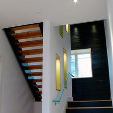 Modern Staircase by Studiobuild