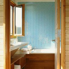 Modern Bathroom by On Site Management, Inc.