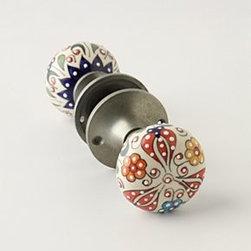 """Anthropologie - Gardening Indoors Doorknob - Tighten with careHardware requiredCeramic, zinc2.25"""" diameter3"""" projection3.5"""" spindleImported"""