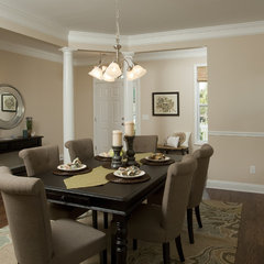 traditional dining room by Just Perfect! Home Staging + More