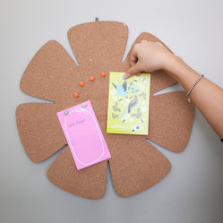 Flower Cork Board - I love this little bloom of a bulletin board for pinning up notes and reminders.