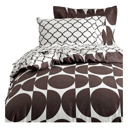 Dormify - Reversible Twin XL Duvet Cover Set - Oval/Moroccan - Can't make up your mind? Now you don't have to. This modern, stylish set comes with one reversible duvet cover and one standard sham, is machine washable and is made of 100% cotton sateen. Catch you on the flip side. Designed in NYC, made in China.