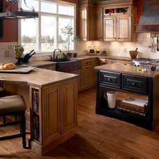 Traditional Kitchen by Wilsonart