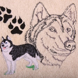 Egyptian Cotton Bath Towel Set with Embroidered Siberian Husky with Paw Print - Towels are 100% Egyptian cotton, soft thick terry.  Embroidered on the towels is a Siberian Husky with paw print.  The design is embroidered with long lasting, color fast, polyester thread.  Machine washable.  Included in the set is: